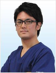 歯科医師 粟谷英信