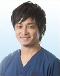歯科医師 吉見哲朗